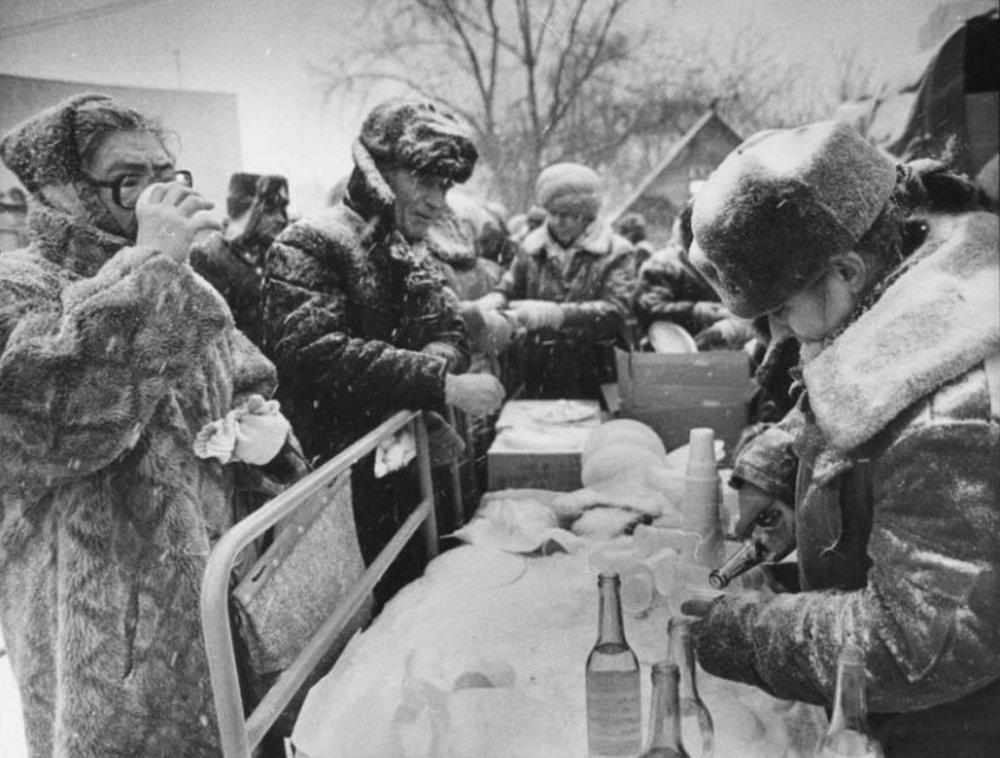 Алкоголизм в СССР: в Сети показали страшные снимки тех времен. Афиша Днепра